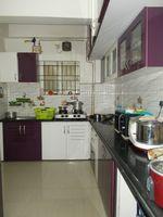 13J7U00407: Kitchen 1