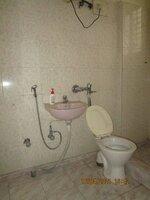 15A4U00129: Bathroom 2