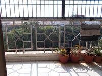 12NBU00245: Balcony 1