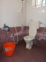 13J1U00143: Bathroom 1