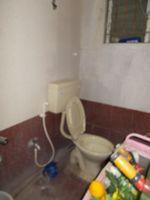 13J1U00143: Bathroom 2