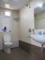 15J7U00295: Bathroom 2
