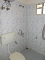 13A8U00198: Bathroom 2