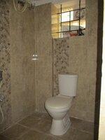 15A8U00845: Bathroom 1