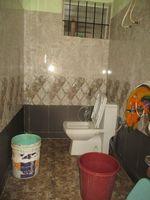 13M5U00202: Bathroom 2