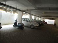 13M5U00202: parking 1