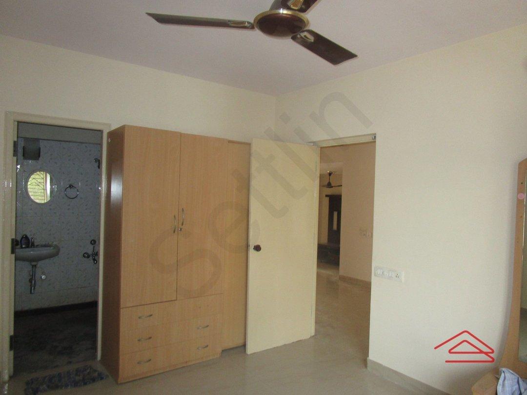 13S9U00010: Bedroom 1