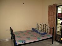 10A8U00431: Bedroom 2