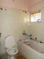 12J6U00439: Bathroom 3