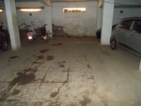 12DCU00124: parking 1