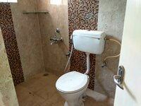 15J1U00211: Bathroom 2