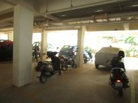 13M5U00152: parking 1