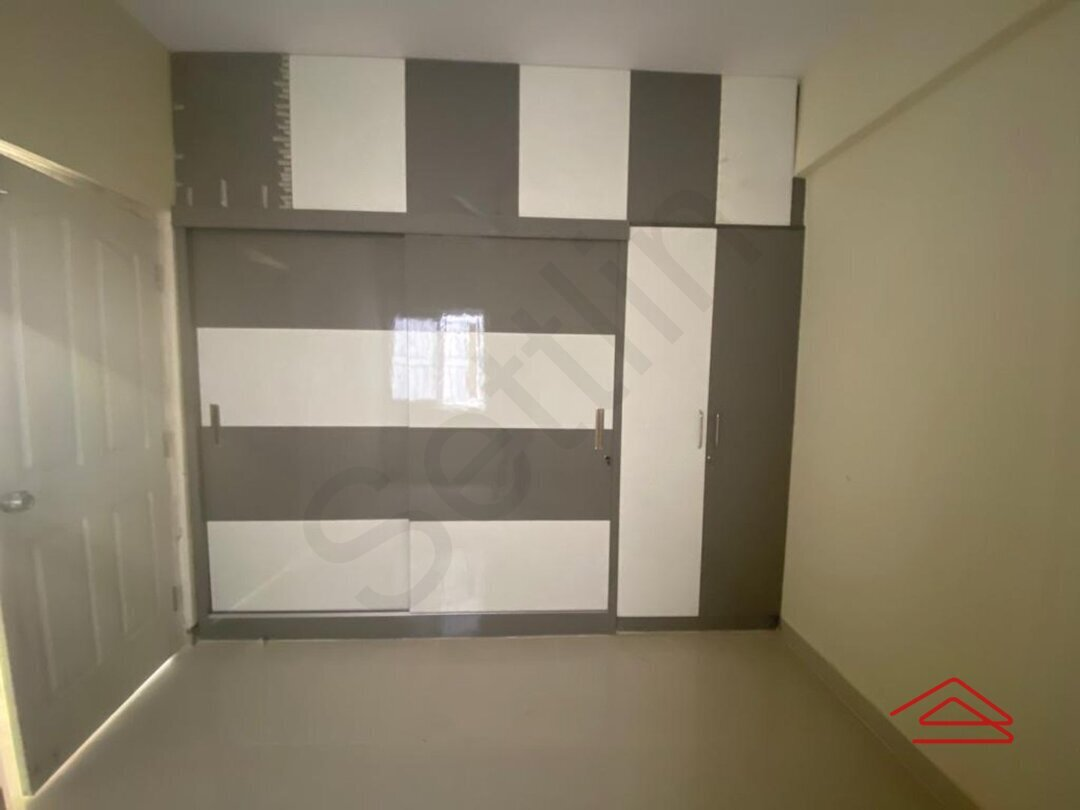 15A8U00647: Bedroom 1