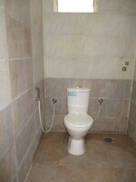 14J1U00001: Bathroom 3