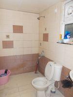 13F2U00026: Bathroom 2