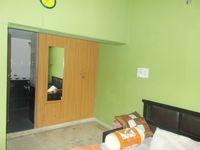 12M5U00415: Bedroom 2