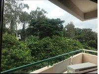 13NBU00345: Balcony 1