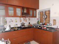 12J6U00317: Kitchen 1