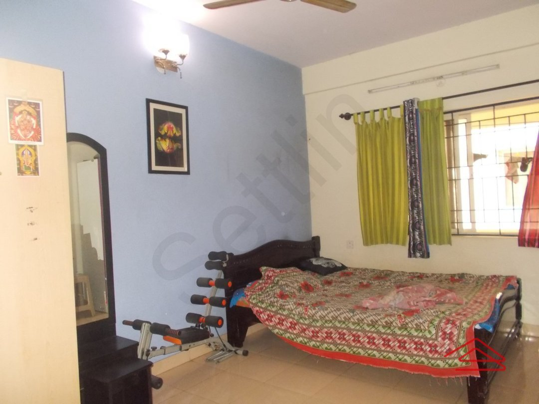 13A8U00405: Bedroom 1