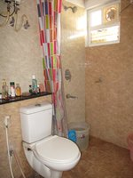 14J1U00087: Bathroom 1