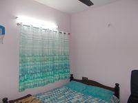 13J1U00001: Bedroom 2