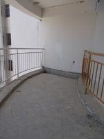 13J1U00272: Balcony 2