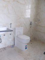 13J1U00272: Bathroom 1