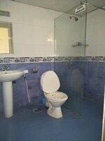 14DCU00567: Bathroom 3