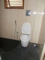13F2U00378: Bathroom 2