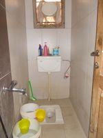 13F2U00378: Bathroom 5