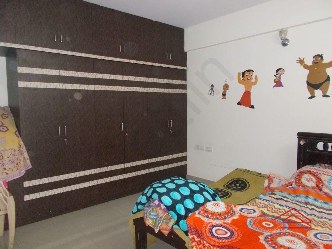 13J1U00080: Bedroom 1