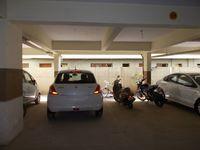 13J1U00080: parking 1