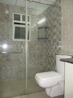 15OAU00225: Bathroom 1
