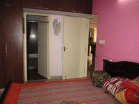 10J7U00203: Bedroom 1