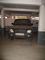 10J7U00203: parking