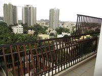 10S900215: Balcony 1