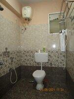 13M5U00389: Bathroom 1