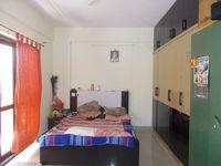 13M3U00073: Bedroom 1