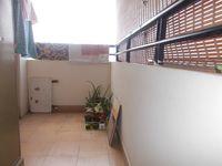 13J7U00023: Balcony 2