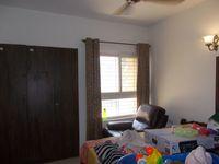 13F2U00335: Bedroom 2