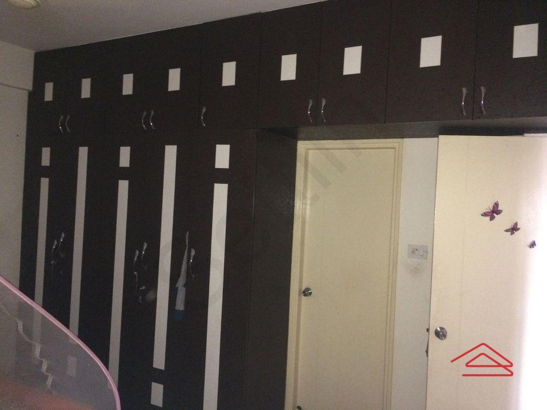 13A4U00372: Bedroom 1
