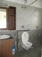14M3U00215: Bathroom 1
