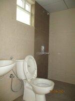 15S9U00913: Bathroom 1