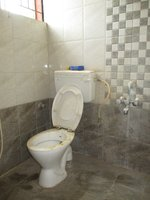 14F2U00228: Bathroom 1