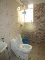 13DCU00519: Bathroom 3