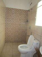 13DCU00519: Bathroom 1