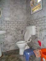 12A8U00040: Bathroom 2