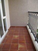 15J1U00084: Balcony 1