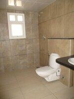 15J1U00084: Bathroom 1