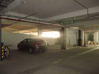 11NBU00392: parking 1